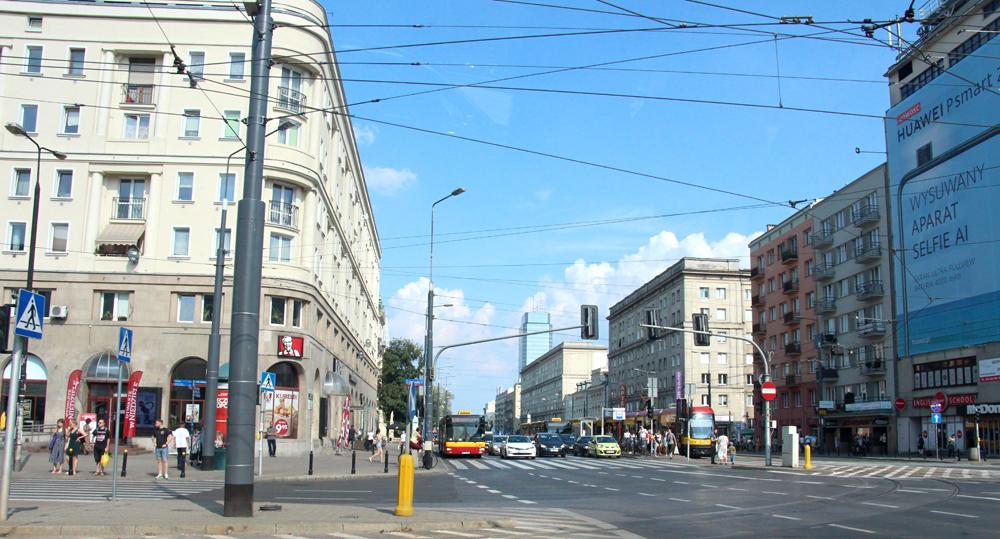 Warsaw Street Scene 2019
